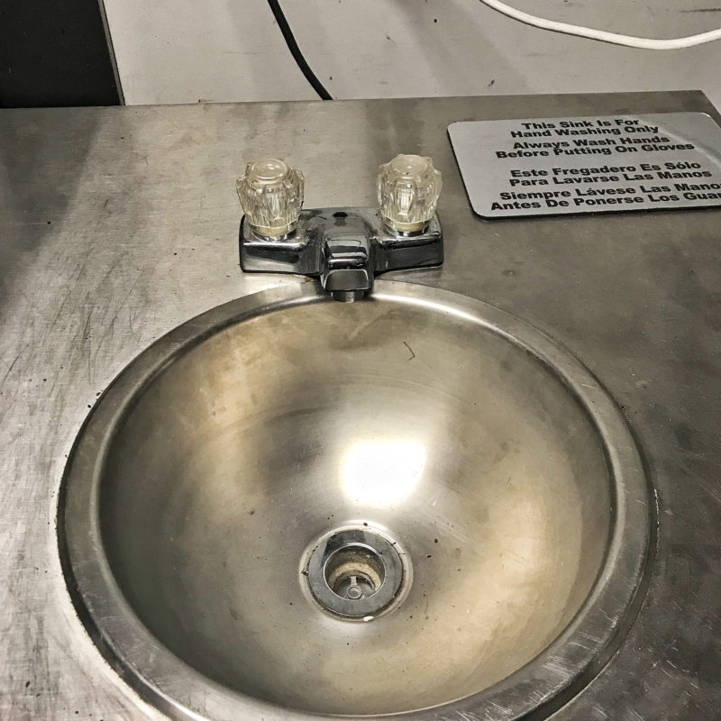 lil-orbits-mobile-sink-closeup
