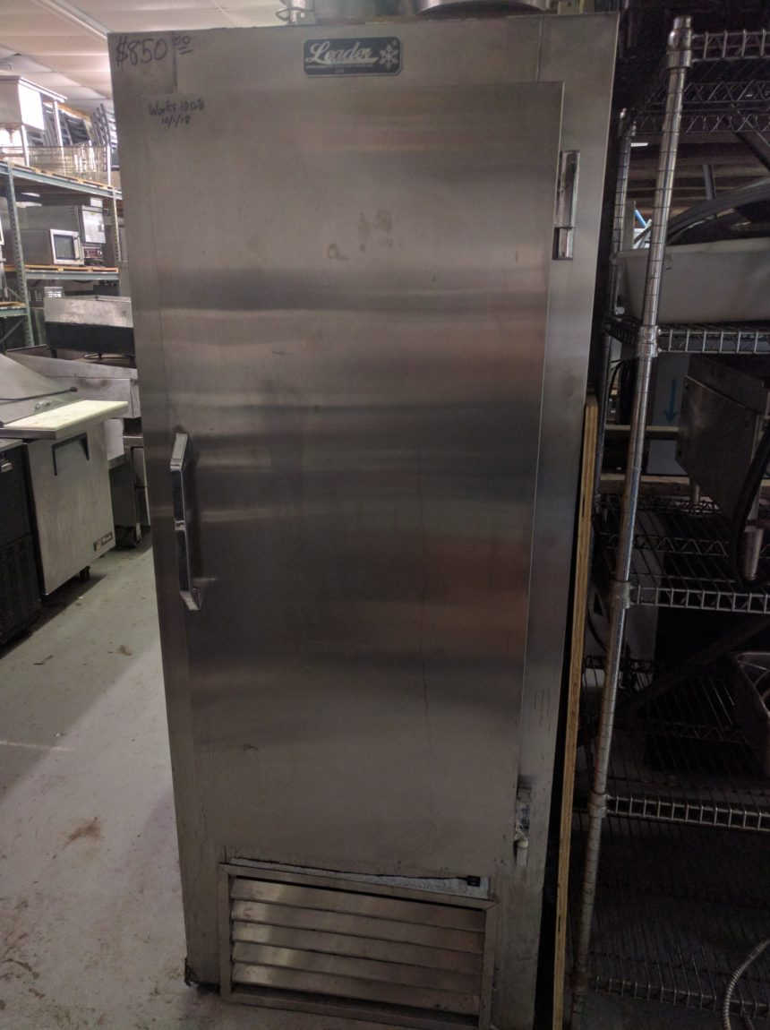 front view LIKE NEW Leader Refrigerator